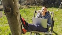 15-годишно момче от Родопите създаде софтуер, който решава матури