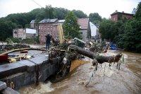 Жертвите от наводнението в Германия и Белгия достигнаха 90 души