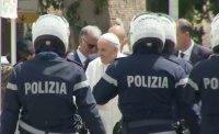снимка 2 Папа Франциск се върна във Ватикана (Снимки)