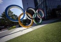 """""""Фалшиви"""" аплодисменти за спортистите в Токио"""
