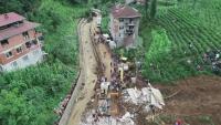 Наводнения и свлачища взеха жертви в Турция