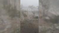 Градушка колкото орех падна във Врачанско - пороят наводни улици и подлези (СНИМКИ)