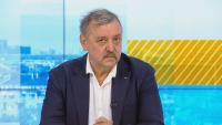 Тодор Кантарджиев: Три пъти по-малко ваксини се поставят на ден