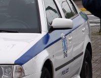 Задържаха българка за телефонна измама в Гърция
