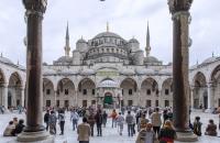 Турция е ваксинирала напълно над 18 милиона души