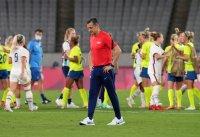 снимка 3 Звездите от футболния тим на САЩ с поражение срещу Швеция