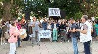 Протестиращи пред президентството поискаха оставката на шефа на НЗОК