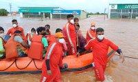 Над 160 са жертвите на наводненията в Индия