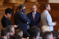 Скандал в парламента кой уронва престижа на съдебната власт