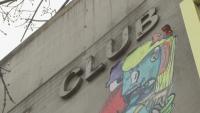 Нощни заведения в Берлин отварят врати експериментално