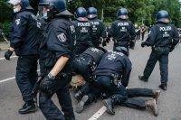 Над 600 арестувани след забранения протест в Берлин срещу COVID мерките