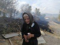 """Голям пожар край Старосел - има изгорели къщи, вертолет """"Кугар"""" се включва в гасенето"""