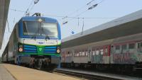 Бързи влакове пристигат с големи закъснения заради жегата