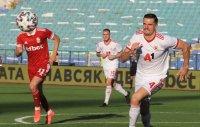 ЦСКА картотекира Мено Кох за мачовете с Осиек