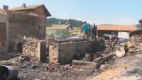 Пожарът в село Кръстава е локализиран, щетите са огромни