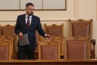 Енергийният министър обясни кризата с тока на борсата пред НС