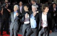 Фенове и музиканти скърбят за Чарли Уотс