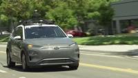 Автономни автомобили: Човешката преценка още е важна