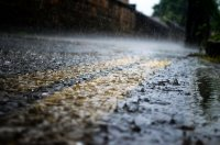 Код жълто за бури и валежи в Западна България