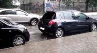 Проливен дъжд и градушка в София (ВИДЕО)