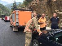 Продължава гасенето на пожара над родопското село Югово