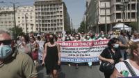 Заради отказ да се ваксинират: 10 000 медици в Гърция са в неплатен отпуск