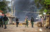 Преврат? Метежници задържаха президента на Гвинея