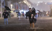 Извънредно положение в Ню Йорк заради проливни дъждове и наводнения (СНИМКИ/ВИДЕО)