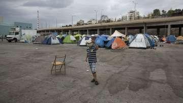 Гърция изгражда мигрантски центрове в очакване на бежанска вълна