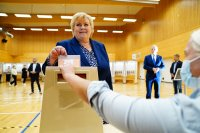 Втори ден на парламентарни избори в Норвегия