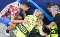 Ценен трофей за жената, пострадала преди мача на Роналдо