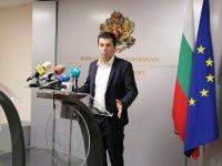 Кирил Петков: Влизаме в политиката и ще сме участници в изборите