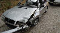Катастрофа в Кресненското дефиле: Семейство пострада, колата им се обърна по таван (СНИМКИ)