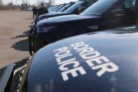 Хванаха пожарникар от Сливница, превозвал мигранти с такси