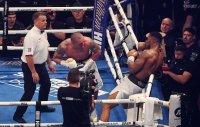 Реваншът между Джошуа и Усик ще е най-вероятно през февруари