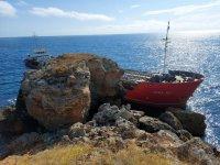 Ексклузивно пред БНТ: Проговаря моряк от заседналия кораб