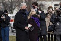 Приеха в болница Бил Клинтън