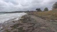 Бурното море унищожи част от плаж Крайморие край Бургас