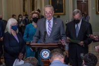 Сенатът на САЩ вдигна тавана на държавния дълг