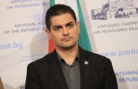 Радостин Василев: Агенцията по вписванията ще откаже да впише Борислав Михайлов