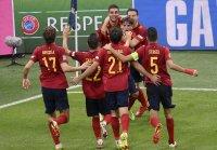 Испания развенча непобедимата Италия за исторически финал в Лигата на нациите