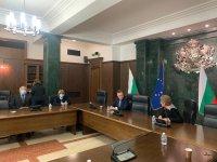 Министърът на правосъдието се срещна с ръководството и съдии от ВКС