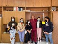 Ученици направиха дарение за COVID отделението в Асеновград