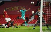 """Манчестър Юнайтед и Ливърпул в битка на """"Олд Трафорд"""""""