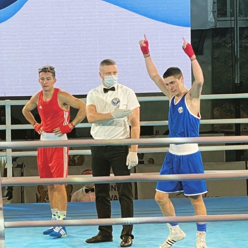 трима българи боксират европейски титли