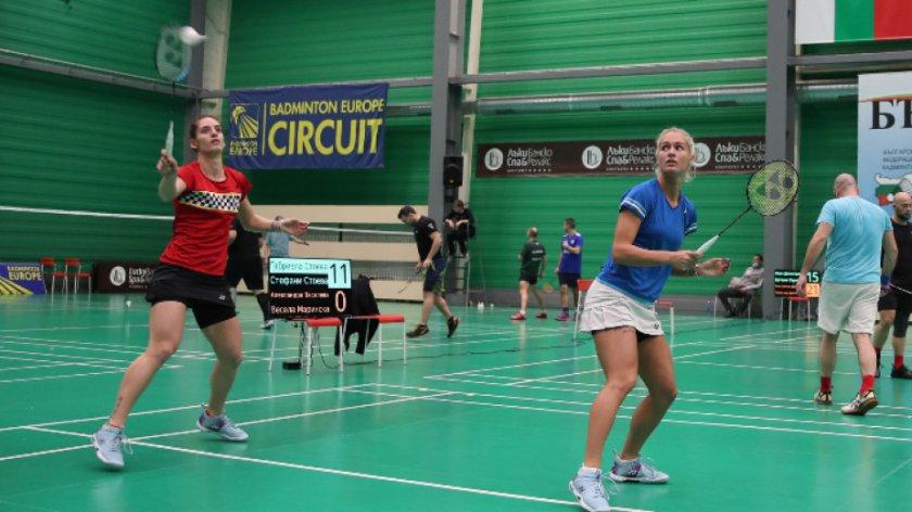 Сестри Стоеви се класираха за втория кръг в Бирмингам без игра