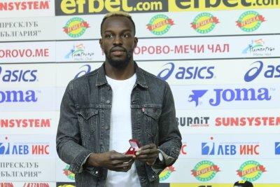Али Соу: ЦСКА може да спечели титлата с Акрапович