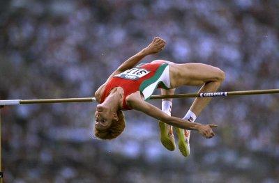 Рекордът на Стефка Костадинова замалко да падне