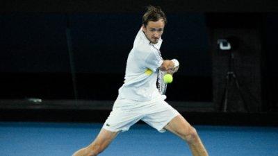 Медведев е втория финалист на Australian Open след 20-та си поредна победа