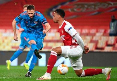 Олимпиакос победи Арсенал в Лондон, но отпадна от Лига Европа